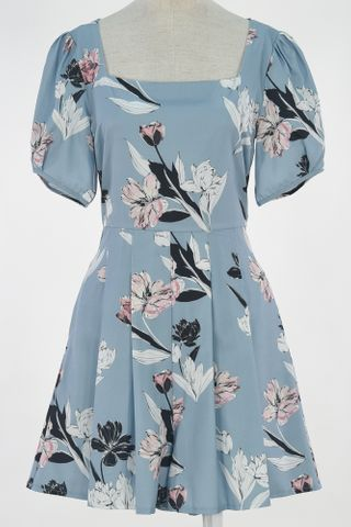FLORAL SQUARE NECKLINE PUFFY SLEEVE ROMPER